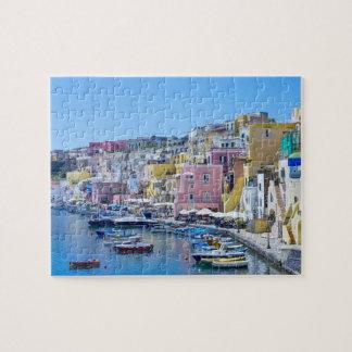 Bunter Italien-Fischerei-Hafen