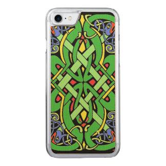 Bunter verzierter irischer keltischer Knoten Carved iPhone 8/7 Hülle