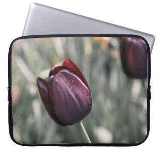 Burgunder-Tulpe-Sonnenuntergang-Kunst Laptopschutzhülle