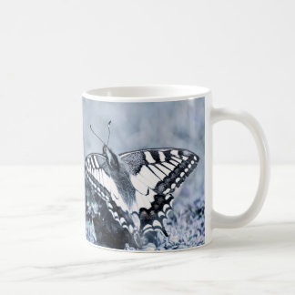 Butterfly Photography lila spring design mug Tasse