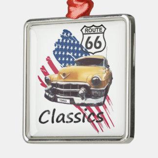 Cadillac Classics Quadratisches Silberfarbenes Ornament