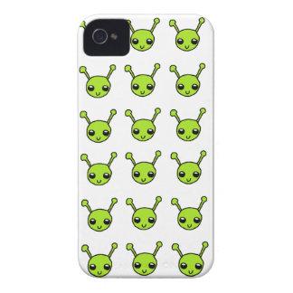 Caisse audacieuse de Blackberry d'aliens verts Coques Case-Mate iPhone 4