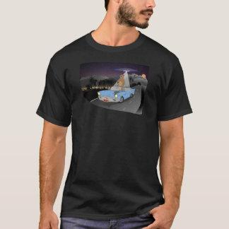 CaliBear entführte entfernte Stadt nachts T-Shirt