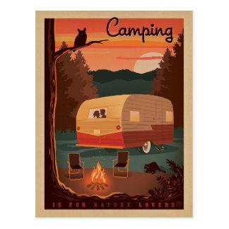 Camping ist für Natur-Liebhaber Postkarte
