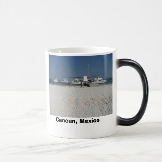 Cancun, Mexiko Verwandlungstasse