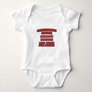 Cardiothoracic Chirurg. Arbeitet für Speck Baby Strampler