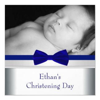 Carte Baptême de photo de bébé de cravate d'arc de bleu