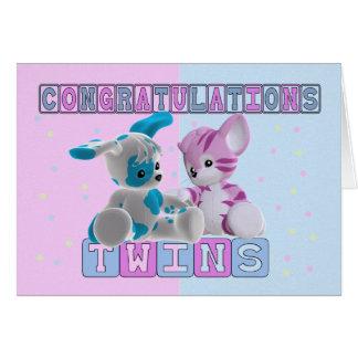 Carte jumelle de félicitations de bébé