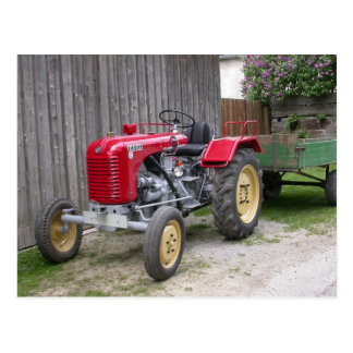 Carte Postale Tracteur rouge T84 de Steyr