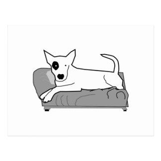 Cartoon-Hund auf Couch Postkarte