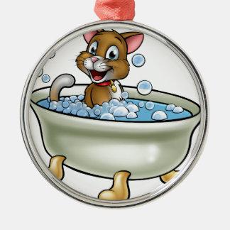 Cartoon-Katze im Bad Silbernes Ornament