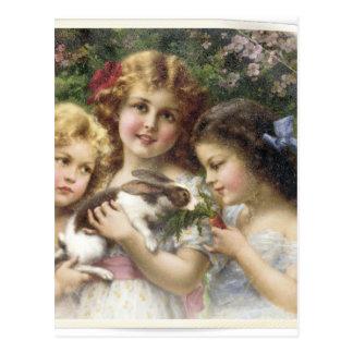 Cecily Vintages Frühlings-Ostern-Shirt Postkarte