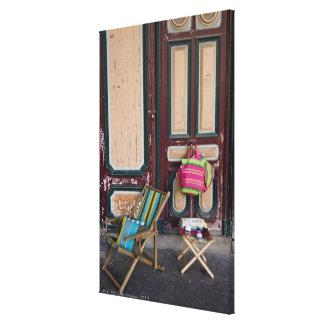 Chaises de plate-forme de jour et sacs modernes de toile tendue