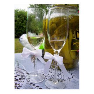 Champagne und Essiggurken Postkarte