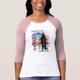 Chemise de Toxxic de douille de rose de fille de T-shirt