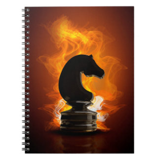 Chevalier d'échecs en flammes carnet