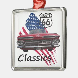 Chevrolet Impala on Route66 Quadratisches Silberfarbenes Ornament