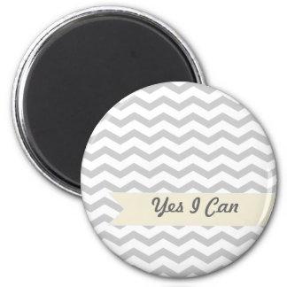 Chevron gris magnet rond 8 cm