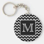 Chevron noir et blanc avec le monogramme fait sur  porte-clef