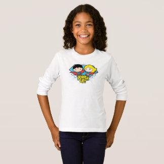 Chibi Supermann u. Chibi Supergirl Power oben! T-Shirt