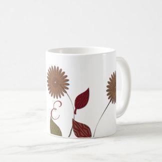 Chic-abstrakte mit Monogramm mit BlumenTasse Tasse
