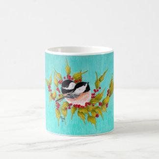 Chickadees und Stechpalme Kaffeetasse