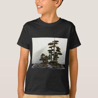Chinesische Wacholderbusch-Bonsais-Bäume T-Shirt