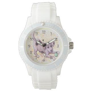 Chiot espiègle montres