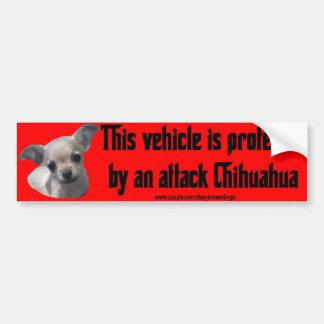 Chiwawa d'attaque autocollant pour voiture