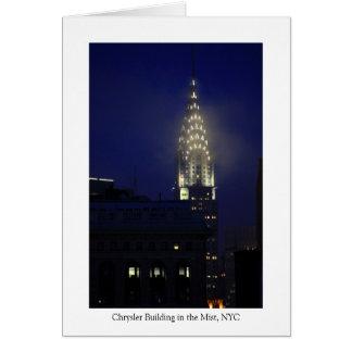 Chrysler-Gebäude-Lit oben an der Dämmerung im Karte