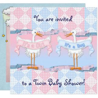 Cigognes jumelles pour le baby shower carton d'invitation  13,33 cm