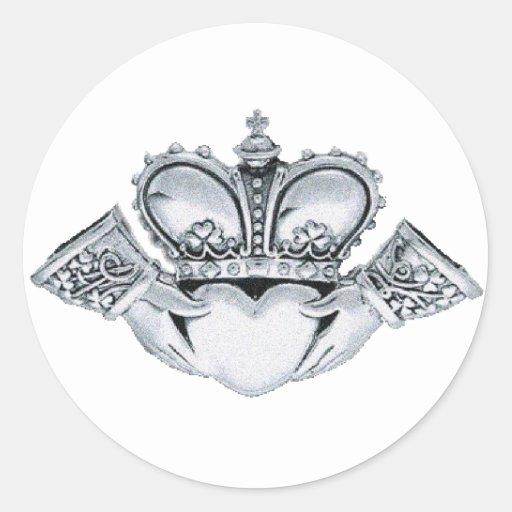 Claddagh Hochzeits-Einladungs-Umschlag Aufkleber
