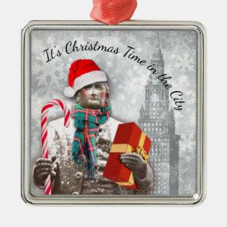 Cleveland: Es ist Weihnachtszeit in der Stadt Silbernes Ornament