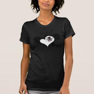 Coeur d'EMO-Vol avec le T-SHIRT de crâne
