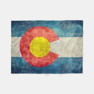 Colorado-Staatsflagge mit Vintagem retro grungy Fleecedecke