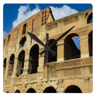 Colosseum in Rom, Italien Quadratische Wanduhr