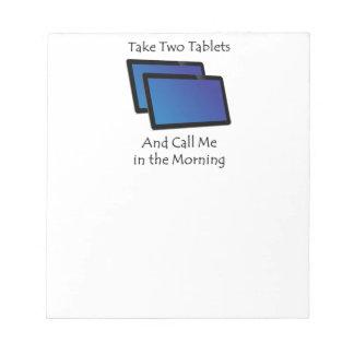 Computertabletten - nehmen Sie zwei Notizblock