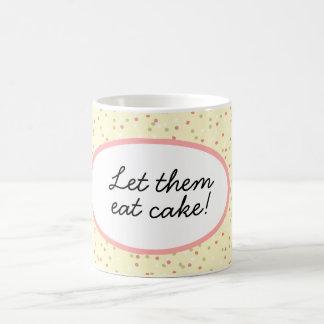 Confetti-Kuchen  • Gelber Buttercream Zuckerguss Kaffeetasse