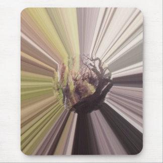 Conte de fées dans la violette tapis de souris