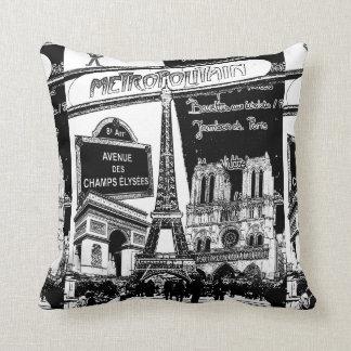 Coole Collage der Foto-Illustrationen von Paris Zierkissen