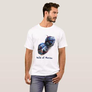 Cooler Typ-Strick und Häkelarbeit-T - Shirt