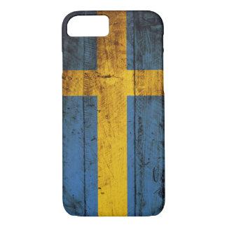 Coque iPhone 8/7 Drapeau de la Suède sur le vieux grain en bois