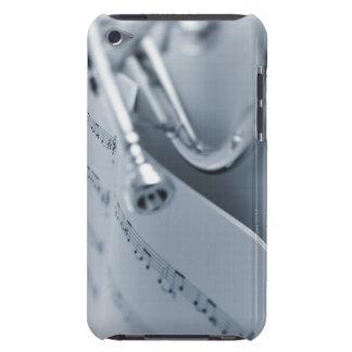 Cornet et cahier de musique étui iPod touch