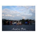 Coucher du soleil dans la carte de Paris Cartes Postales