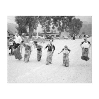 Course de sac, 1940 toile tendue sur châssis
