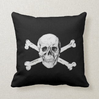 Crâne et os croisés de pirate oreiller