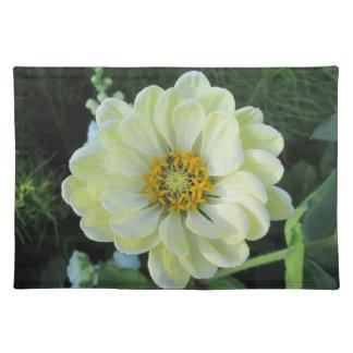 Dahlie-hellgelbe Blume Stofftischset