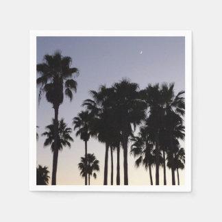 Dämmerung mit Palme-tropischer Szene Serviette