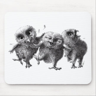 Dancing and singing Owls Mauspads