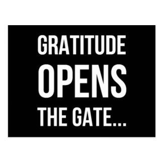 Dankbarkeit öffnet das inspirierend Zitat des Tors Postkarte